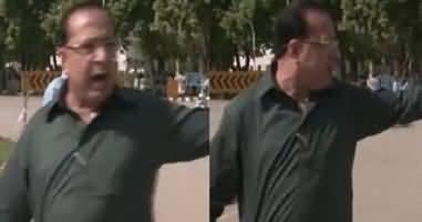 Traffic Police Stops Parliamentarians Cars - Watch What Salman Baloch(MQM) Saying 'MNA's Ko Paidal Chala Rahe Hein'